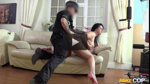 Cop Fucked Amateur Model in the Arse
