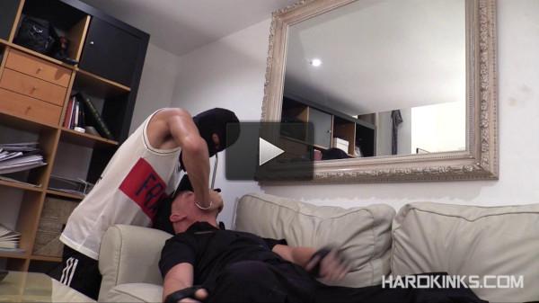 HardKinks — Cop's Hell 3 (El Conde, Izann)