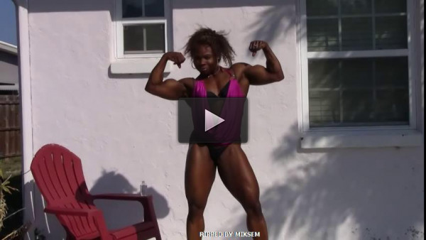 Dominating Ebony Muscle
