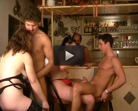 Die Baren Sind Los, scene 3