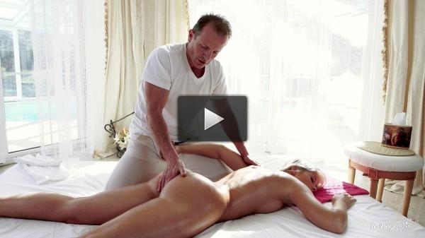 Sweet Cat — Hot Czech blondie enjoys erotic massage and sensual fuck (2017)