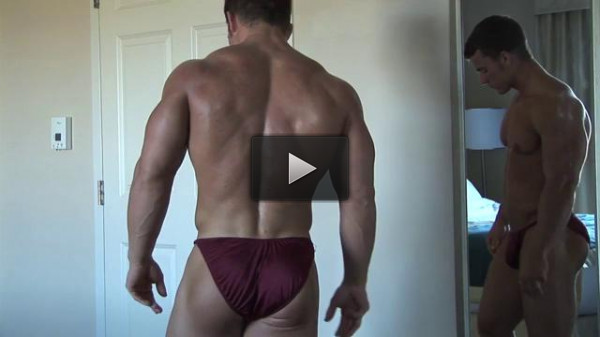 Pumping Muscle — Jason Johnson (Eli Blahut) Photo shoot 2