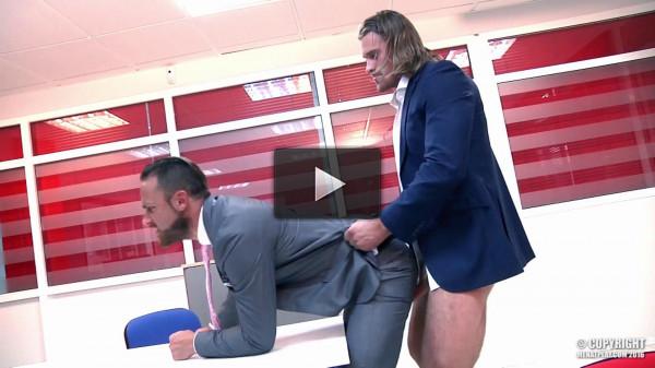Logan Moore and Johan Kane - Clocked - video, spa, download.