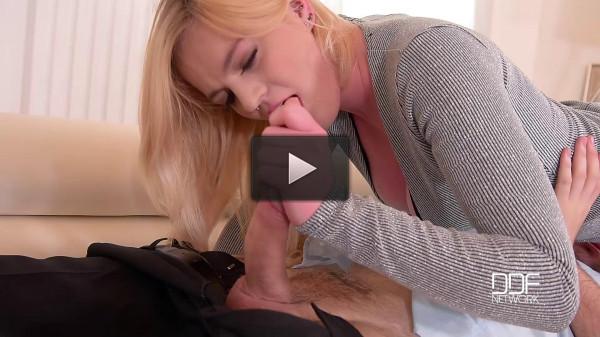 Carly Rae — Tasty Awakening — A Blonde Bombshells Deep Throat Lust FullHD 1080p