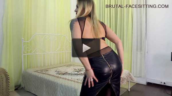 Brutal-Facesitting — Mistress Luisa