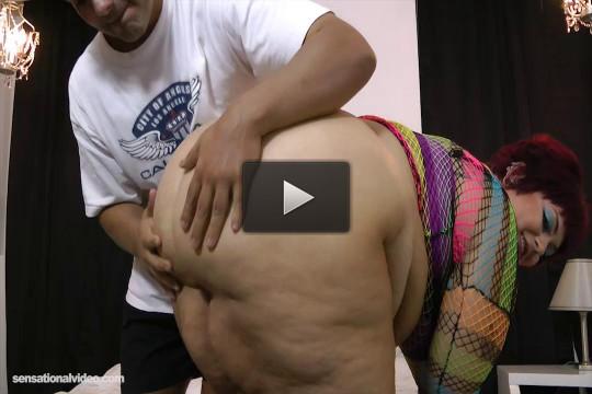 Cock Sucking Punker Plumper