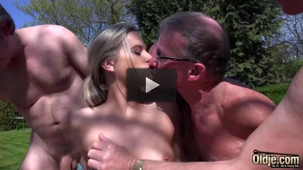 Gangbang The Rich Young Pussy — Vinna Reed