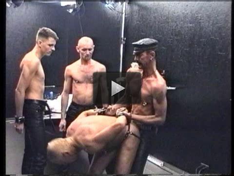 Extreme Bondage & Fisting
