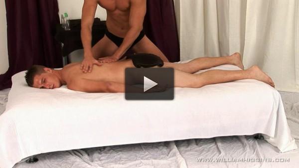 WHiggins — Fanda Dukes — Massage — 21-10-2012