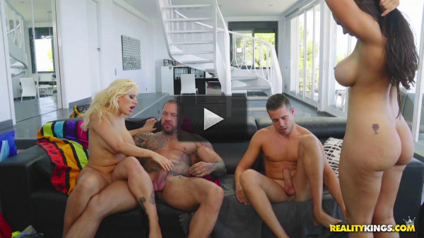 Blondie Fesser & Marta Lacroft — Thick And Ready — 1080p