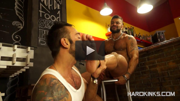 King Size (Rogan Richards, Martin Mazza)