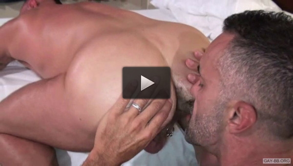 Bareback Star Lito Cruz - anal sex, hardcore action, anal fucking, muscle, huge cock