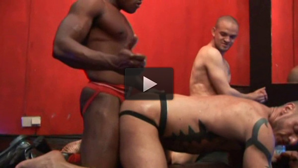 Hole Abuse - anal sex, dark alley, media video!