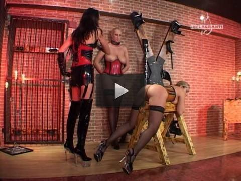 Folterspiele Von Frau zu Frau 1