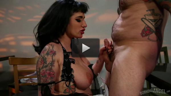 Tommy fucks Arabelle Raphael in «Boobie Dancer Fuck»