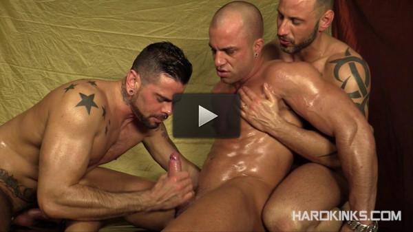 The Massage (Antonio Aguilera, Antonio Miracle, Mario Domenech)