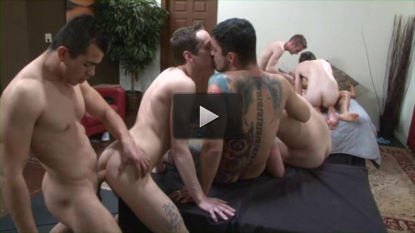 Twinks Bareback Party