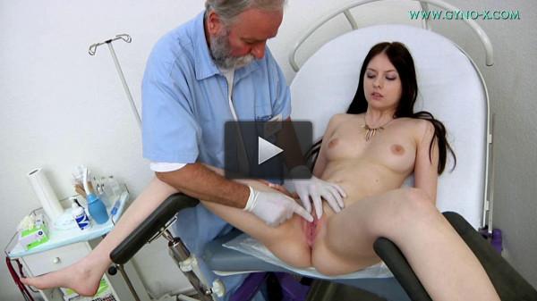 Rebecca Volpetti 18 years girl gyno exam (2016)