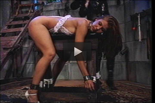 Eve Ellis — Bondage Legend