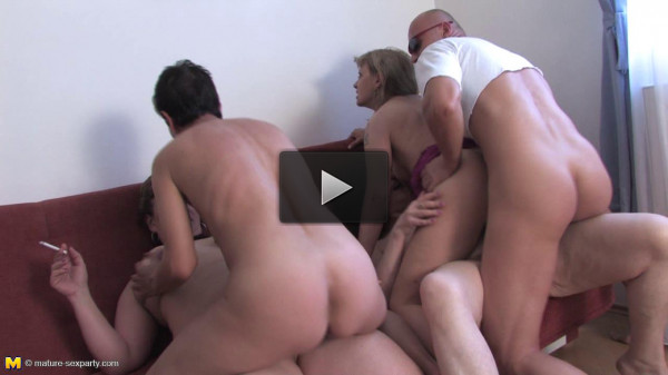 A hot mature sexparty