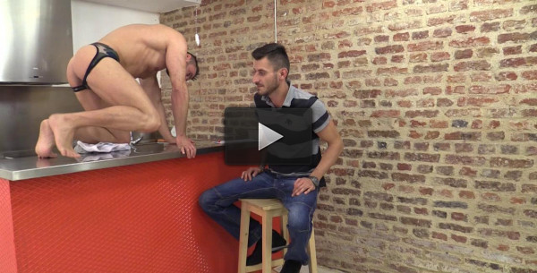 Mateo Is The Cleaner (humiliated, licking, mirror)!