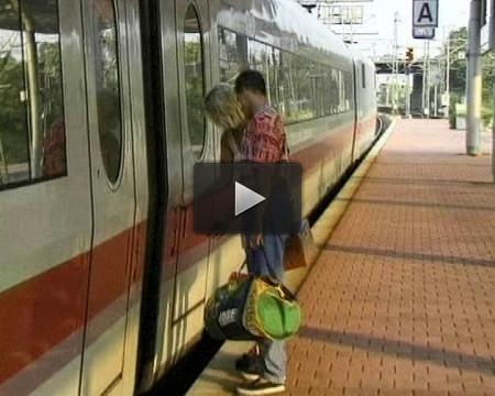 Train Toilette Screwing