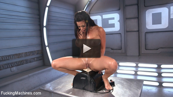 Latin Bombshell Fucked into Squirting Orgasms!!