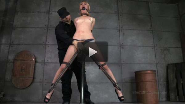 Dominant Mona Wales Learns Her Place With an Infernal Device
