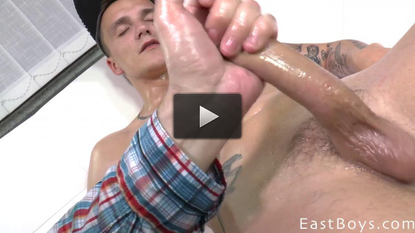 EastBoys Handjob Jerk-off — Peter Andre