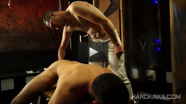 Hard Kinks — Golfo & Leonardo Lucatto