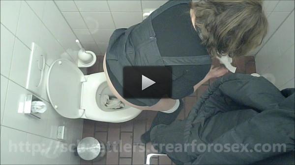 Voyeur Scat Spy Cam WC