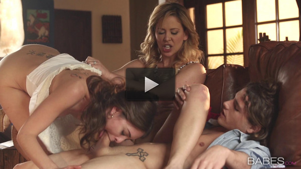 Cherie Deville, Riley Reid — Intro To Pleasure (2015)