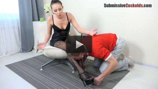 Husband see how my asshole fuck