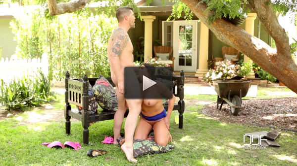 Candi Coxx — Brunette Milf Gets Banged Doggy Style — June 15, 2016
