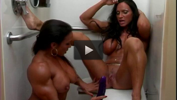 Horny Muscle Girls 1 - Lesbian Love