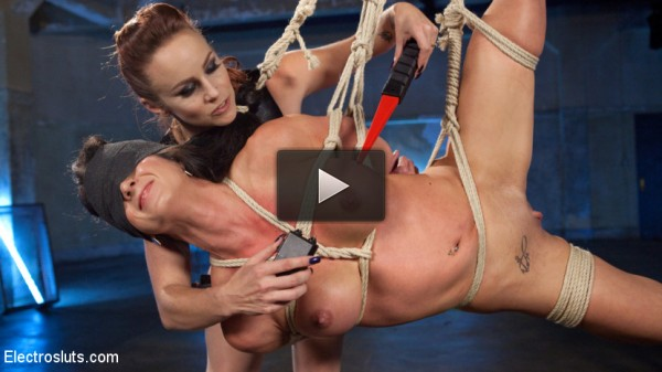 Bella Rossi Electrosexes First Time Lesbian Virginia Tunnels!