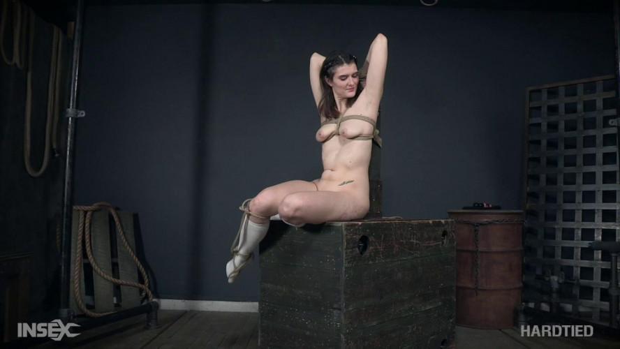 BDSM Sosha Belle & London River (Sharing Sosha