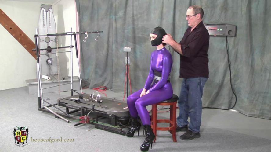 BDSM Master Gord - Savanna pony