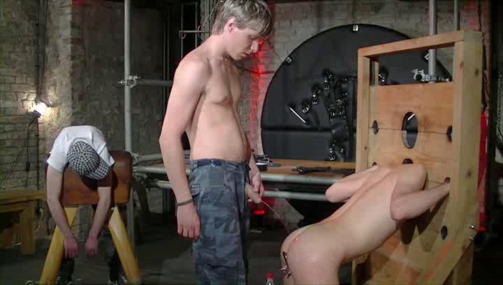 Gay BDSM Berlin..Bondage