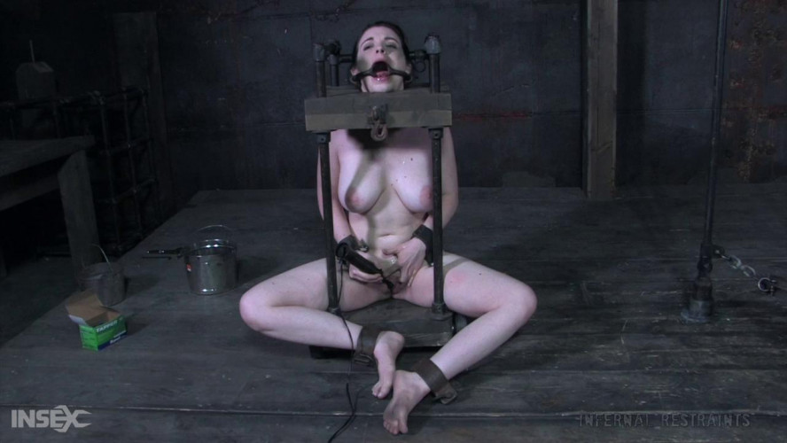 BDSM Sybil Hawthorne - Sliding Slut (2020)