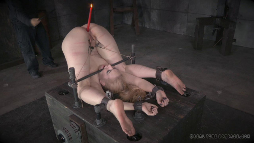 BDSM Delirious Hunter part 2