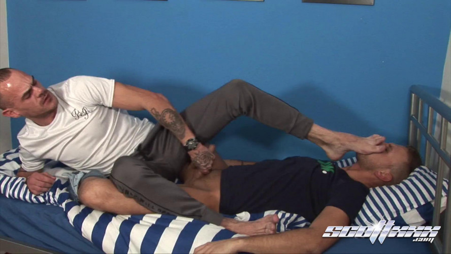 Gay BDSM Scottxxx Deacon Hunter & Leon Walker - Real Man Stink