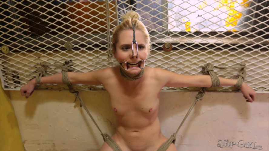 BDSM TG - A Breaking Pointe, Part One - Odette Delacroix and Elise Graves