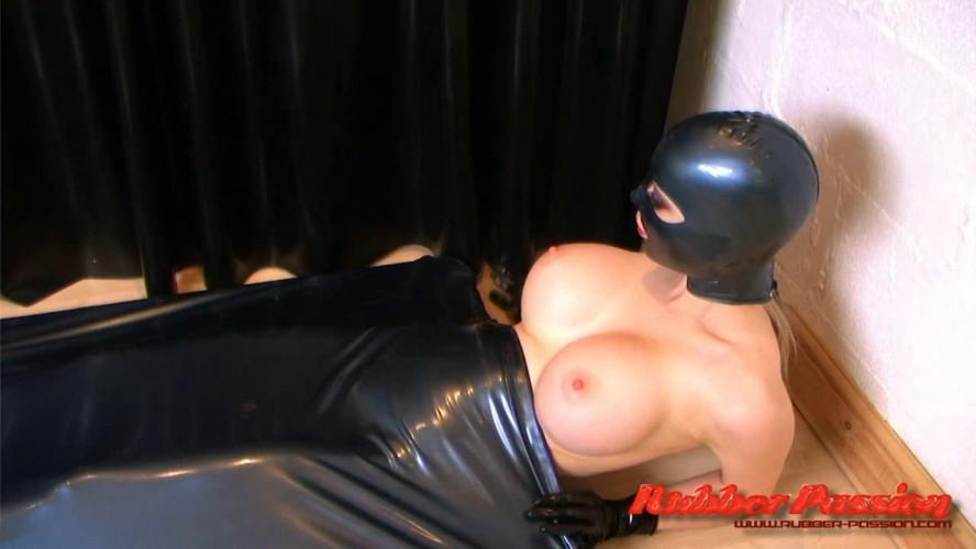 BDSM Latex Vacbed Punishment