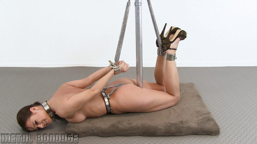 BDSM Melisa Mendini – spring action