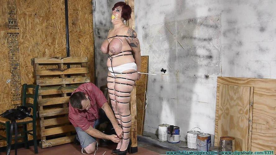 BDSM Bounce As She Hops