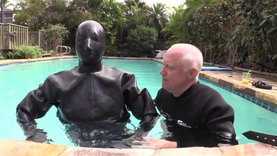 BDSM Latex Hawaiian Rubber Vacation
