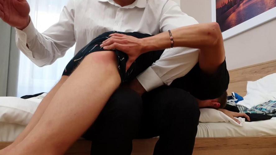 Gay BDSM Lazy Matyas