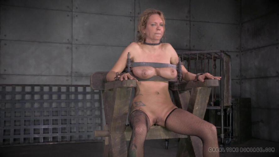 BDSM RTB - La Cucaracha, Part Three - Rain DeGrey and PD