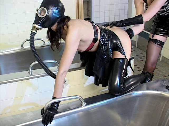 BDSM Latex Lady K, Lady Lou